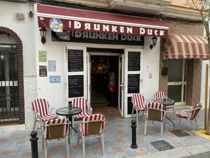 Drunken Duck bar